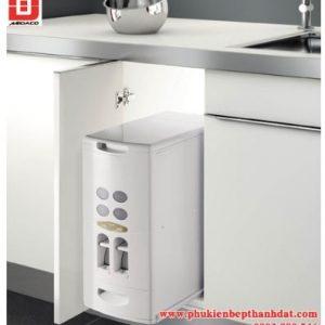 Thùng gạo âm tủ giúp tiết kiệm không gian bếp