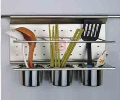 Banner dụng cụ treo nhà bếp